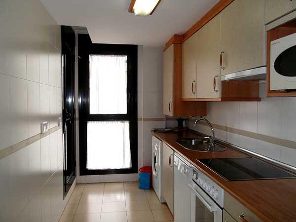 Apartamento para 4 personas. Cocina.